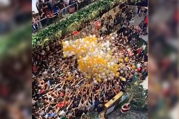 Shoppers injured in balloon drop crowd crush