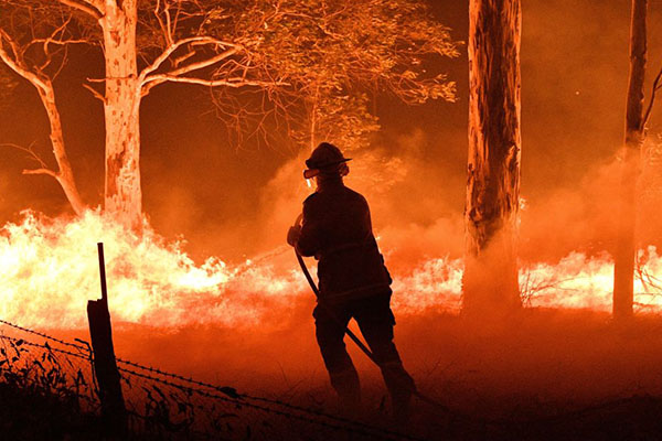 Article image for Fewer women training as firefighters in QLD