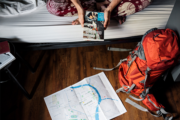 Article image for Backpackers urged to social distance amid coronavirus cluster cases