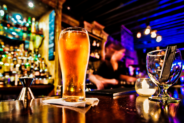 Alcohol lobbyists reject claims Australians are drinking to excess