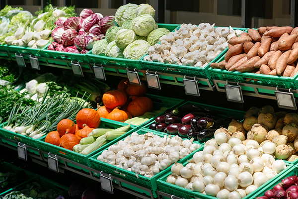 Article image for Food shortage fears grow as states refuse to budge on borders