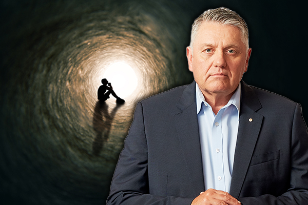 'I felt ill-equipped to deal with it': Ray Hadley's message to parents about mental health