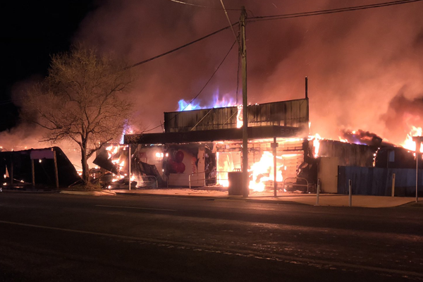 Border community scrambles after fire destroys shops