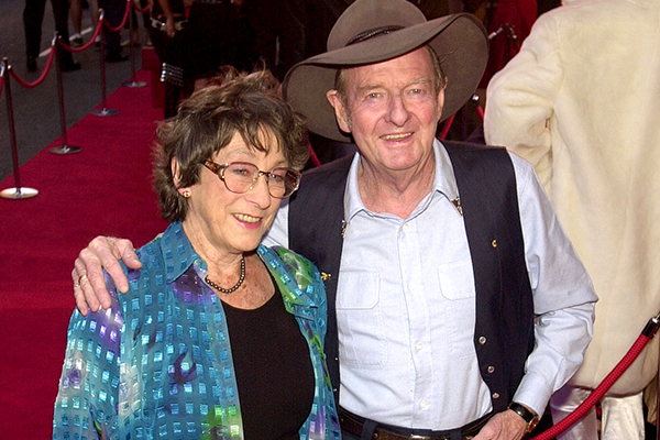 Ray Hadley's adoring chat with the late Slim Dusty's wife, Joy McKean