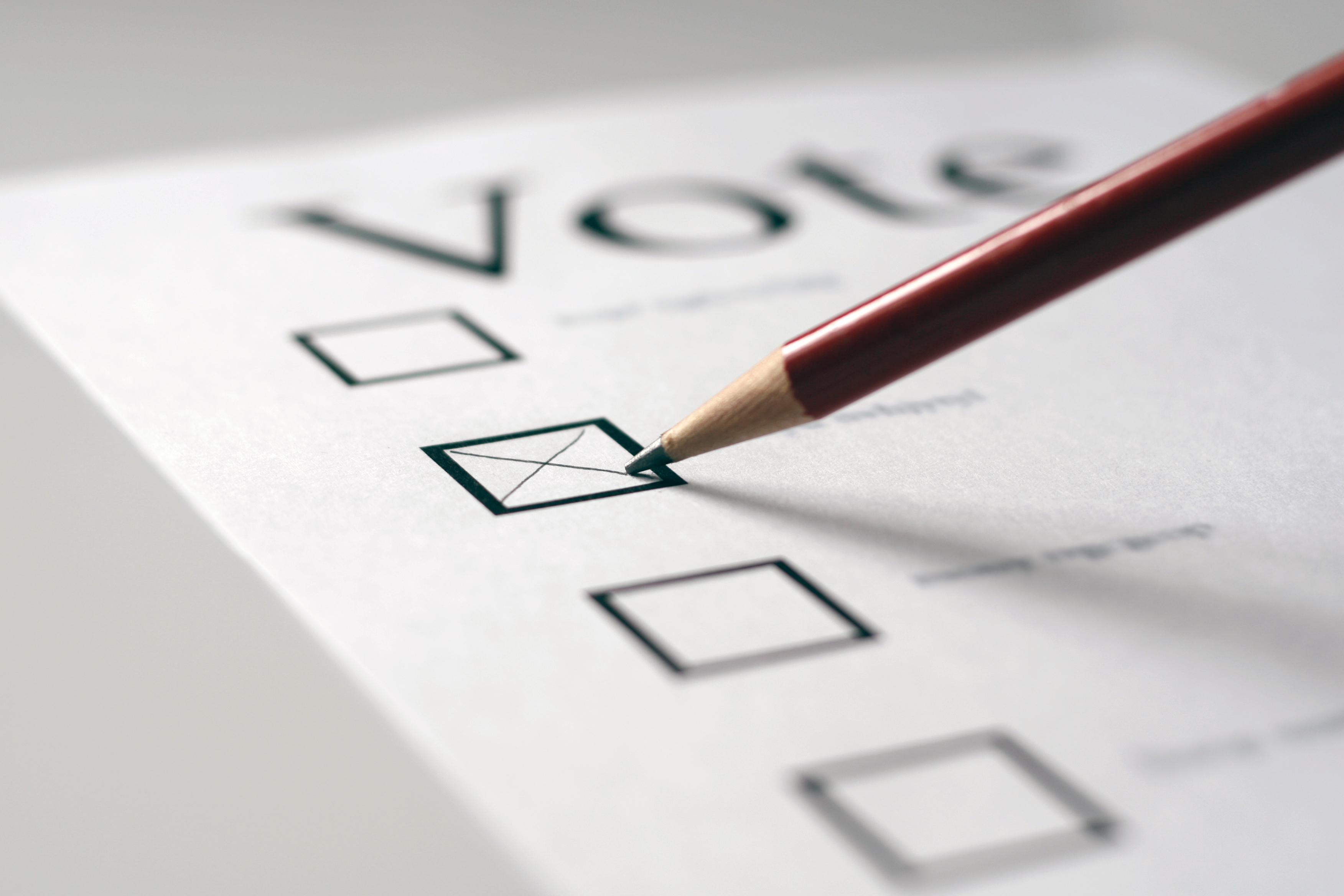'Taken off like a rocket': Queenslanders voting early in 'massive' numbers