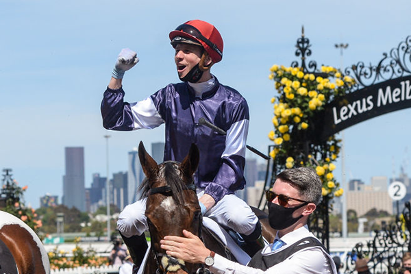 Article image for Relaxed rhythm 'paid dividends' for Twilight Payment jockey Jye McNeil