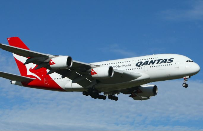 Article image for Qantas lands record-breaking flight in the Top End