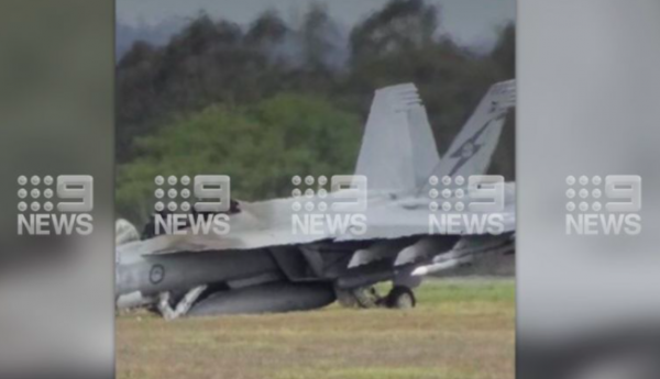 Article image for Fighter jet fleet grounded after pilots forced to eject from Super Hornet