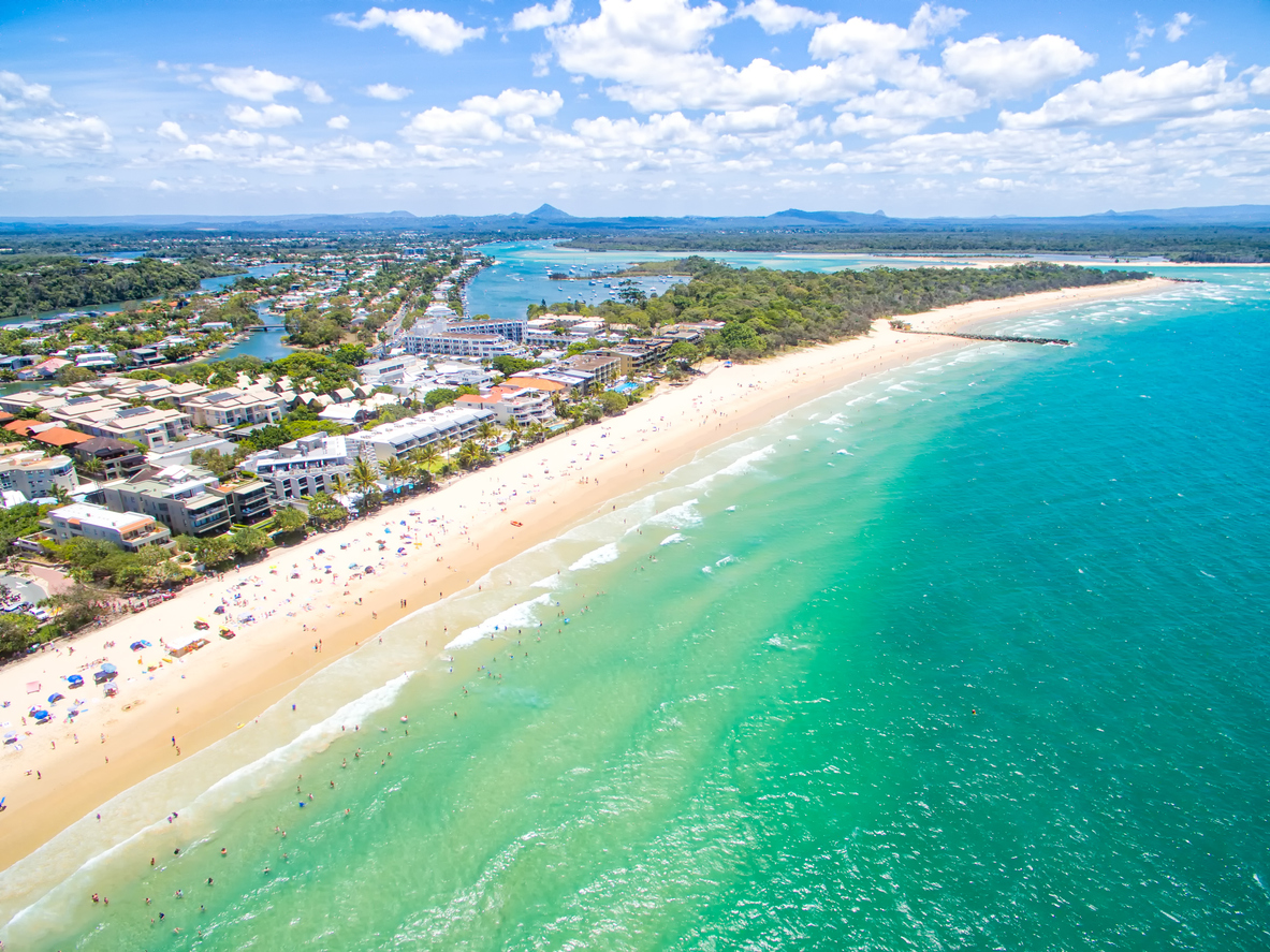 Article image for Queenslanders answer the call to holiday at home