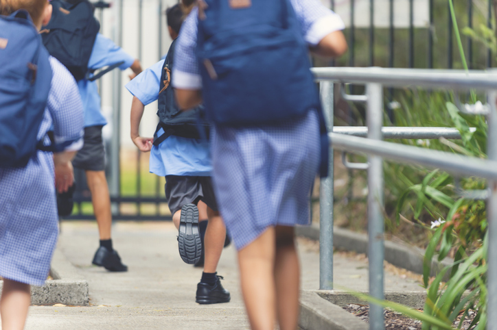 How families can protect kids online on the first day of school