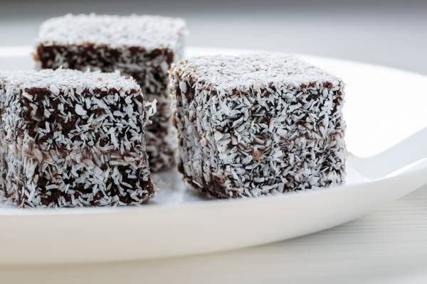 How to make the perfect lamington!
