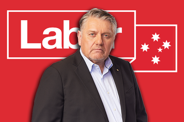 Article image for Ray Hadley reveals the inside scoop on brewing federal Labor coup
