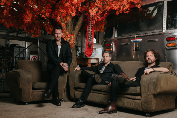 Article image for Aussie rock trio Eskimo Joe back together making new tunes