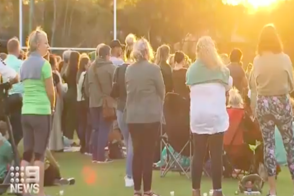 Article image for Gold Coast community comes together for candlelight vigil for Kelly Wilkinson