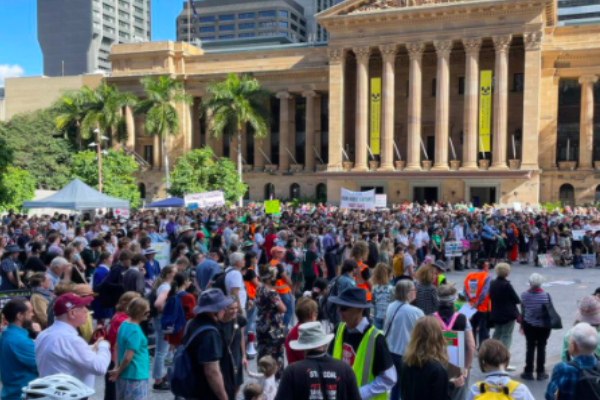 Hundreds rally for action on climate change in Brisbane's CBD