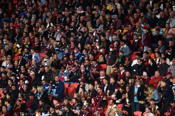 Article image for Fears over 'astounding' choice to allow State of Origin to go ahead with crowds