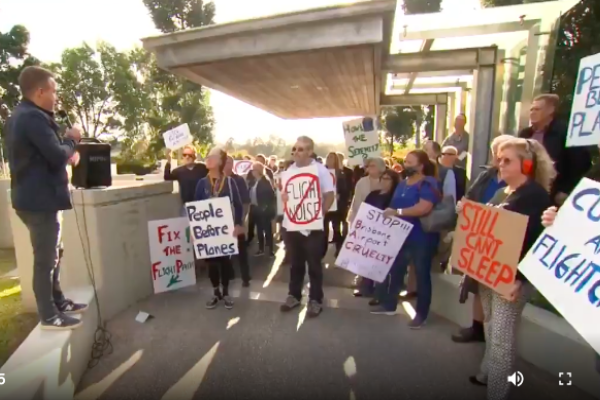 'Disempowered' Brisbane residents stage protest over aircraft noise
