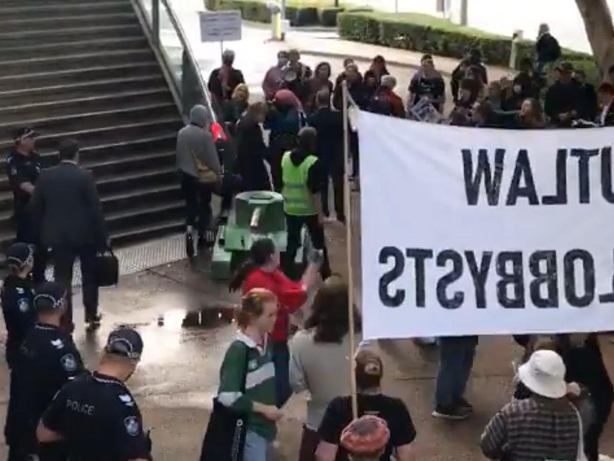 Article image for Protestors shut down South Brisbane roads