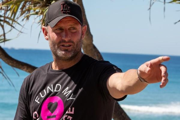 Article image for NRL legend completes marathon charity walk