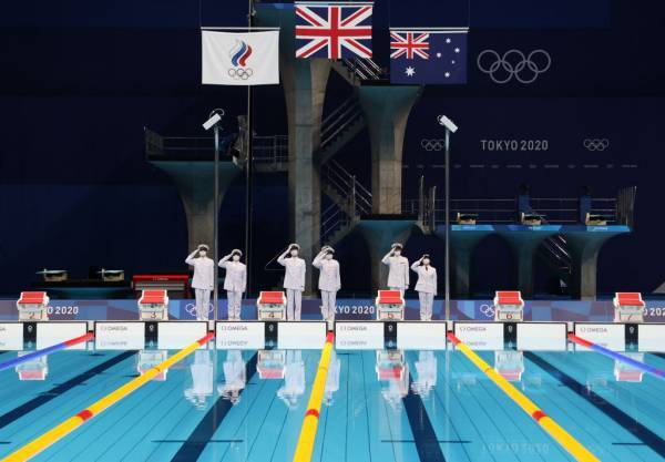 Article image for Aussie gold: What people are noticing about Australia's swim team
