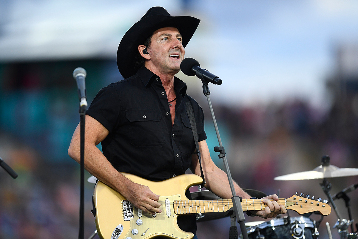 The advice that always stuck with Lee Kernaghan he technically didn't follow