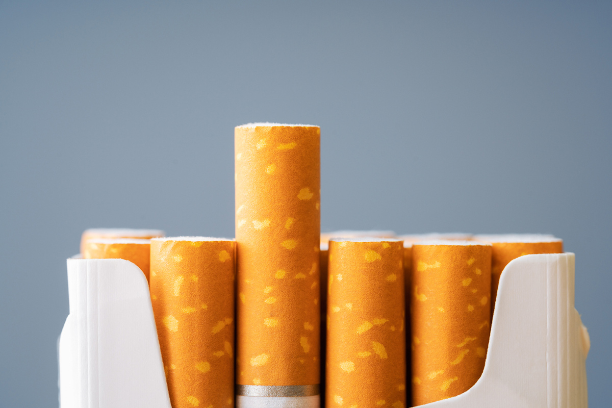 Federal coffers lose billions as Aussies kick smoking habits
