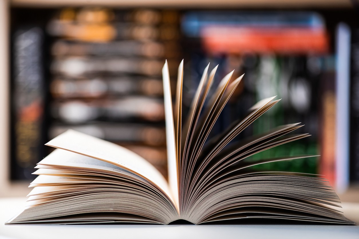 Brisbane book shop shuts up shop as CBD businesses struggle to stay afloat