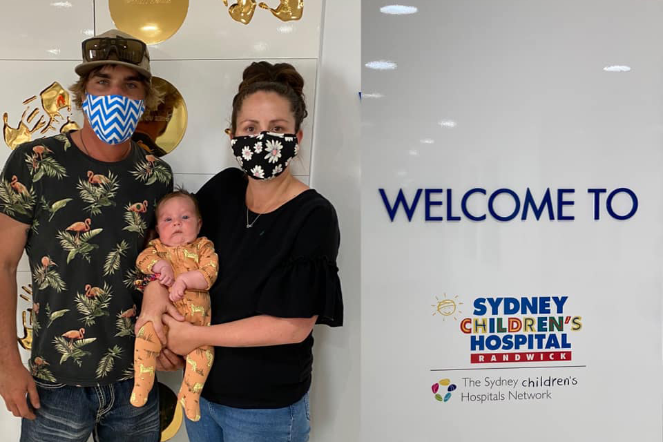 Article image for Queensland family granted exemption to quarantine at home with desperately ill baby