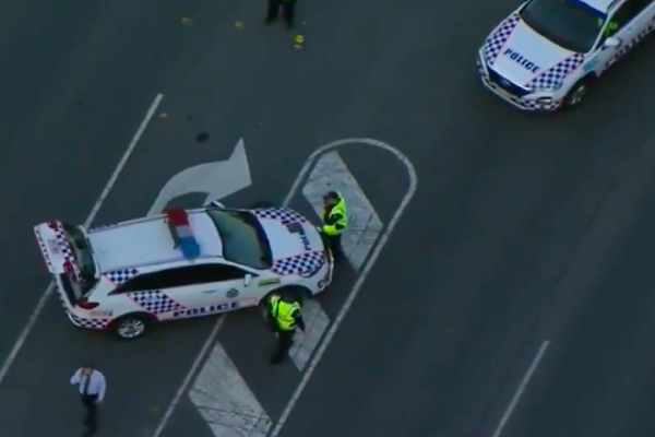 Article image for Police search for driver over alleged hit-and-run at Browns Plains