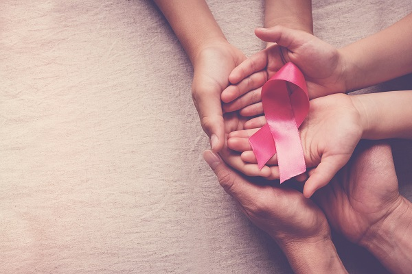 Article image for Women encouraged to 'get to know your pair' this Breast Cancer Awareness Month