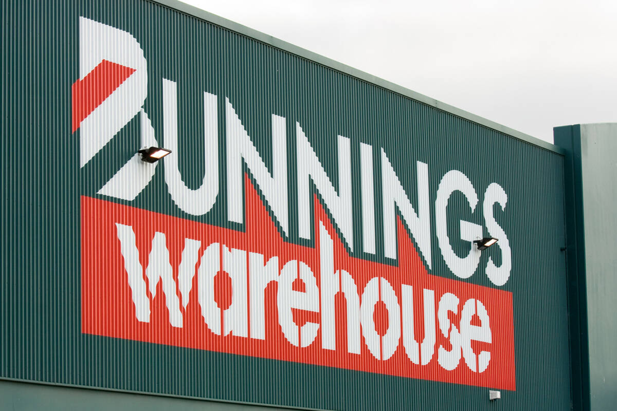 Article image for A jab with your snag: Vaccine clinics to pop-up at Bunnings locations this Saturday